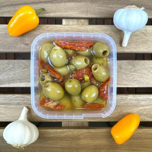 Oliwki Królewskie z suszonymi pomidorami i kaparami